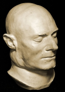 Photo via Murderpedia of the death mask of Frederick Bailey Deeming that was on display at the Black Museum at Scotland Yard.