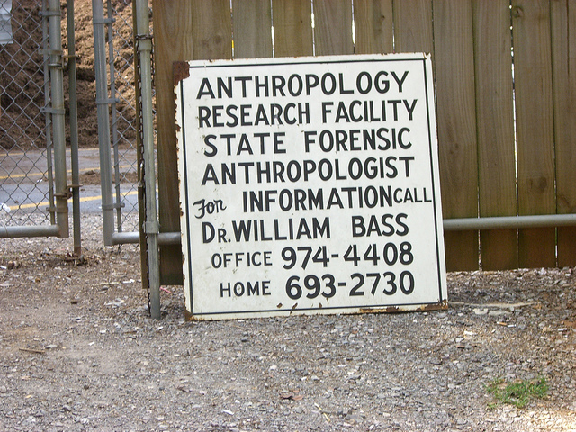 Sign from the Anthropology Research Center at the University of Tennessee at Knoxville.  Image Credit: Lisa Bailey on Flickr