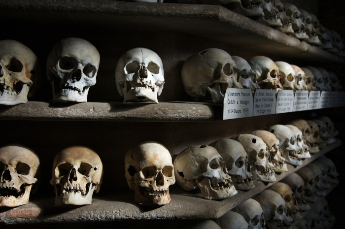Ossuary of Custoza, Italy that holds the remains of more than 4000 soldiers.  Image Credit: Giuseppe Savo on Flickr