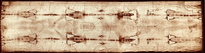 Image of the Turin Shroud before the 2002 restoration. Image Credit: Wikipedia