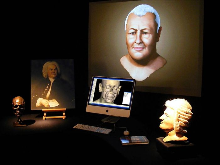 The special exhibit at the Bachhaus exhibit in 2008 featuring the University of Dundee 3D forensic reconstruction.  Image credit: Bachhaus.eisenach via Wikipedia
