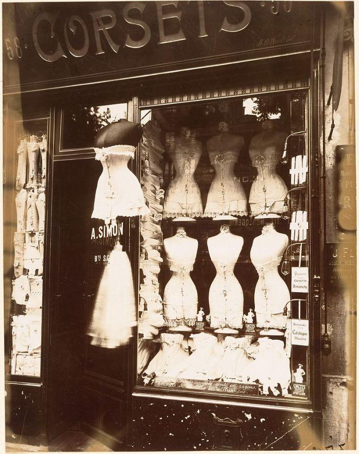 Eugène Atget, Boulevard de Strasbourg, Corsets, Paris, 1912. Image credit: Paris 16 on Wikipedia.